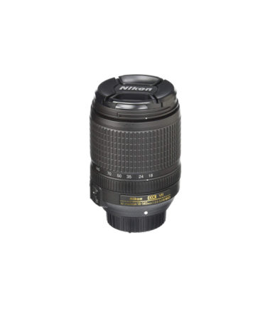 Nikon AF-S DX NIKKOR 18-140mm f3.5-5.6G ED VR (Retail Packing)