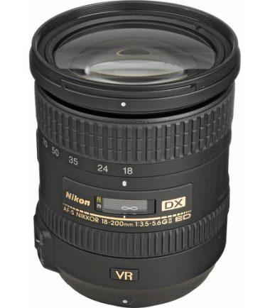 Nikon AF-S DX 18-200mmmm f/3.5 5.6G ED VR II Lens (Retail Packing)